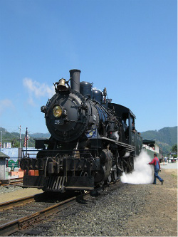 The Oregon Coast Scenic Railroad is ready to board. Photo: KGilb